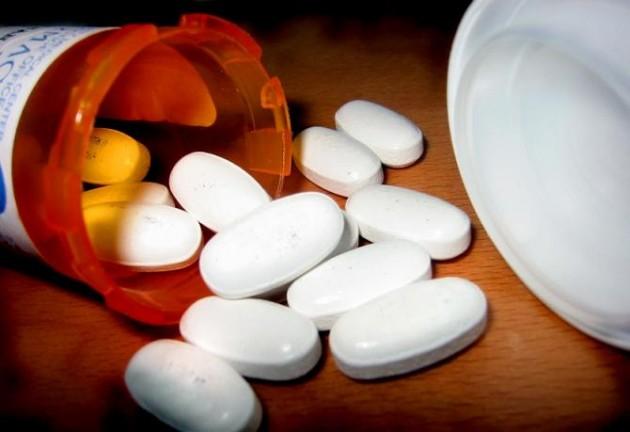 Sanidad sube a 4,13 euros aportación a medicamentos