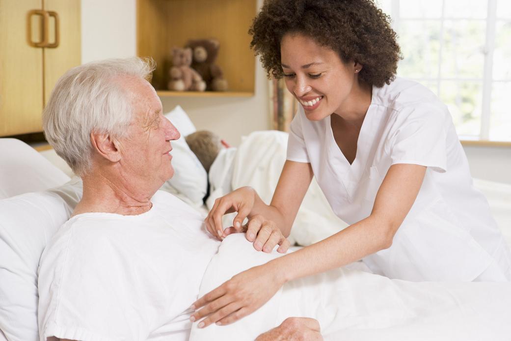Baño General Del Paciente En Cama:Octubre, 'Mes del cuidado de los mayores con incontinencia'