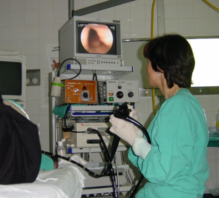 La colonoscopia reduce el riesgo de cáncer colorrectal ...