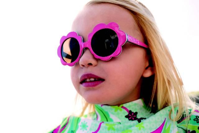 Salud Ocular 'de De Sol Riesgo Los Juguete' Ponen Las Gafas La En Y76gIvfby