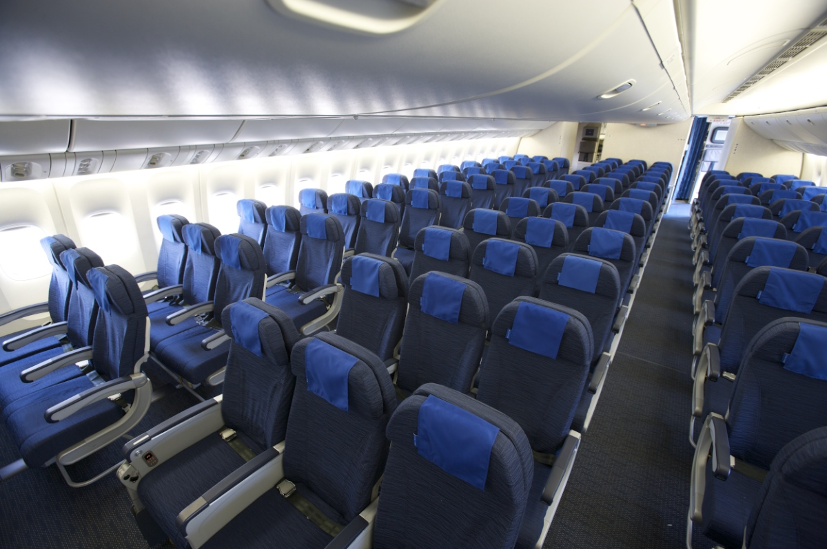 Las aerol neas imponen tarifas abusivas a los pasajeros for Avion 747 interieur
