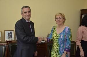Dr. Alfredo Rodríguez-Antigüedad y María Jesús Delgado, presidenta de la FEP