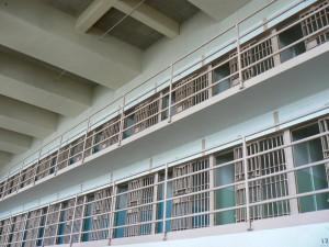 prison-142141_1920