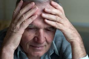 persona mayor y estrés