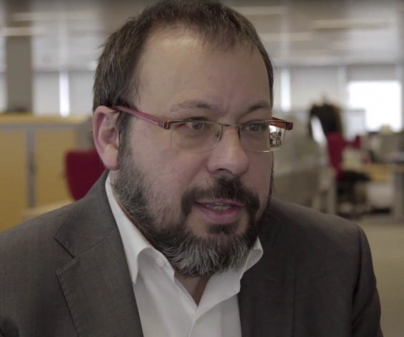 César Hernández García, jefe del Departamento de Medicamentos de Uso Humano de la AEMPS.
