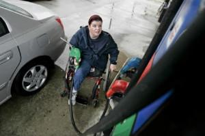 gasolinera y discapacidad