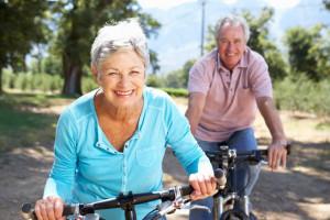 mayor en bicicleta