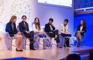 Un momento del debate con representantes de EUPATI; Kids BARCELONA; FECMA; AEMP y Roche Farma.