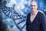 El español Francis Mojica recibe el premio de Medicina más prestigioso de EE UU