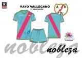 El Rayo Vallecano dedica su tercera equipación a la lucha frente a las ER
