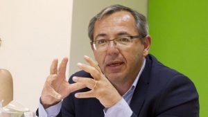 Enrique Galván.