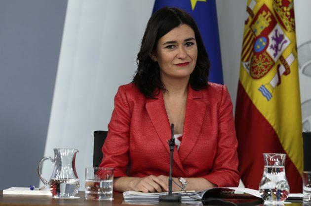 La ministra de Sanidad Consumo y Bienestar Social, Carmen Montón, durante su intervención en la rueda de prensa posterior al Consejo de Ministros.