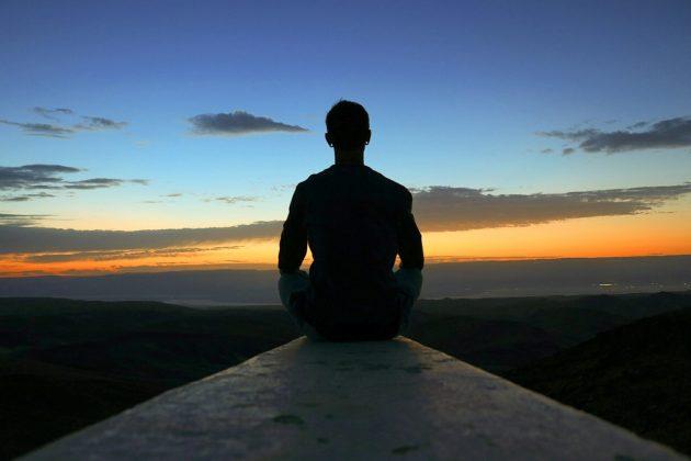 mindfullness-sea-nature-outdoor-horizon-person-people-1394621-pxhere.com