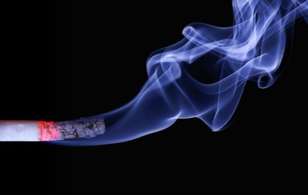 smoke-smoking-flame-ash-arm-cigarette-1128000-pxhere.com
