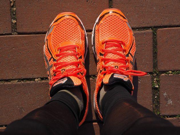 shoes_running_shoes_orange_marathon_shoes_sport_sneakers_jog_race-1048111.jpg