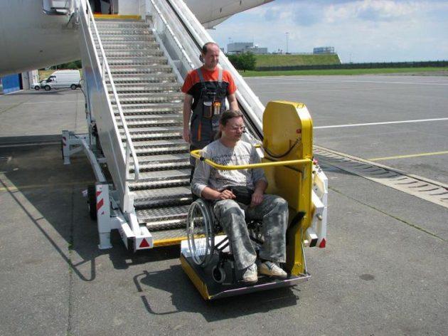 silla-de-rueda-y-avión